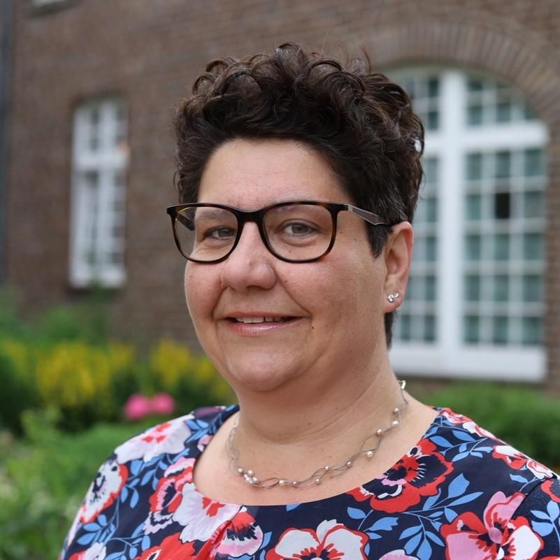 Vorsitzende Anne-Kathrin Borchert